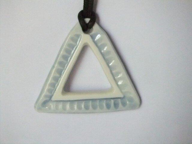 チョーカー 三角形の画像1枚目