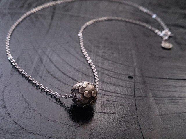 雲珠ネックレスの画像1枚目