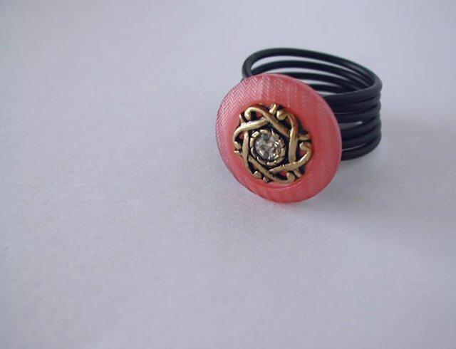 ボタンリング ローズピンクの画像1枚目