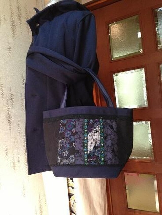 SOLD PJC花刺繍帆布バッグの画像1枚目