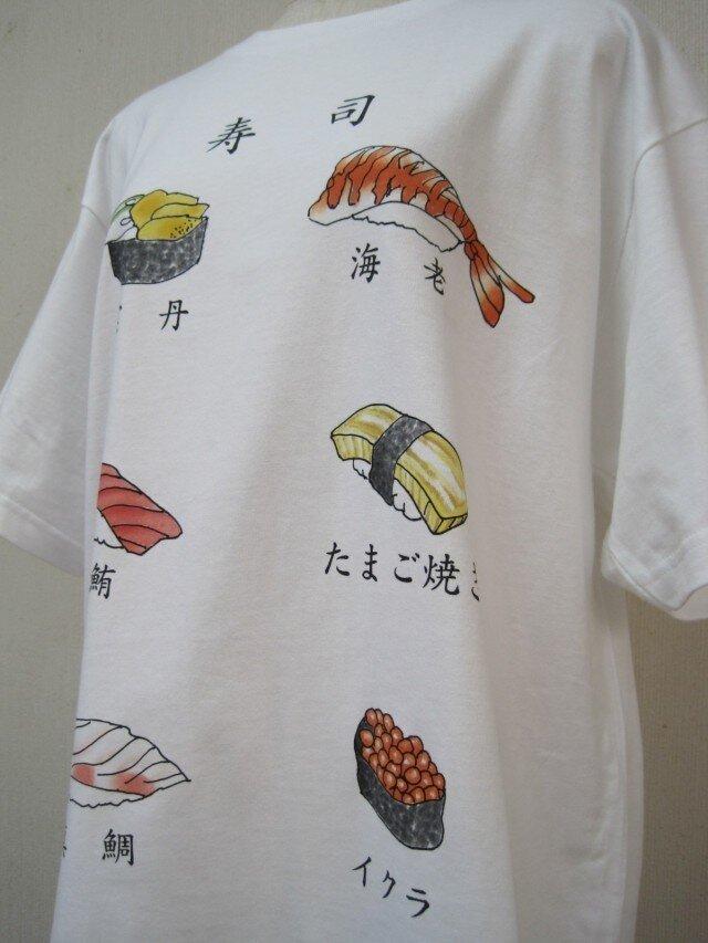 外国の人が大好きな寿司 Tシャツの画像1枚目