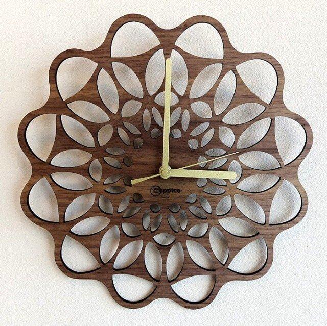 壁掛時計 FLOWER (ウォールナット)の画像1枚目