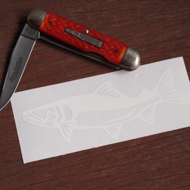 切り絵ステッカー アユ(白)の画像1枚目