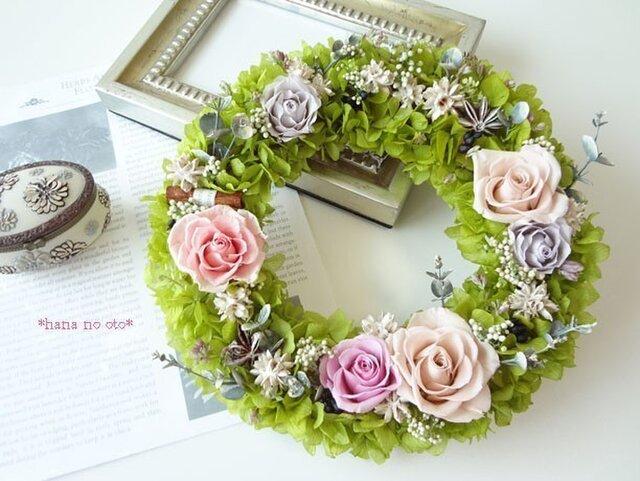 薔薇と紫陽花のリースの画像1枚目