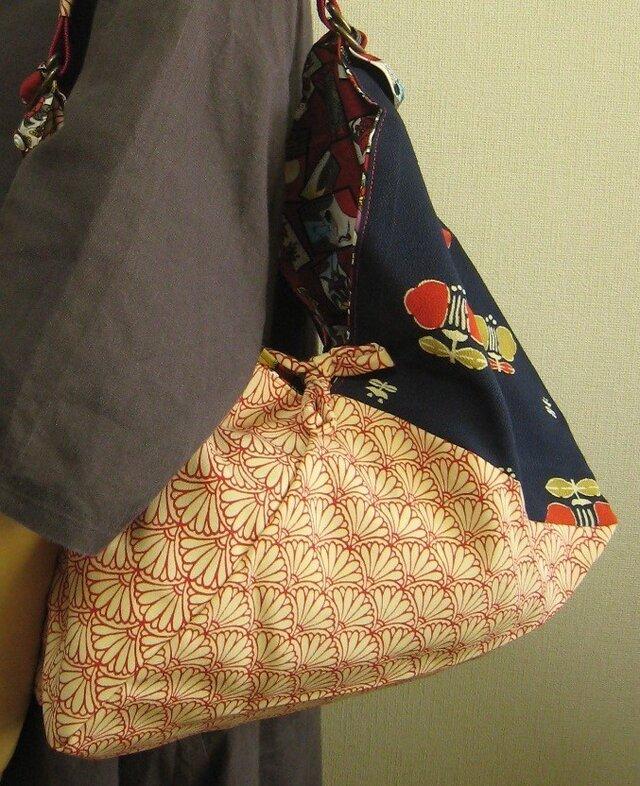 ショルダーバッグ+あずま袋+リバーシブル=古布&花&花札柄の画像1枚目