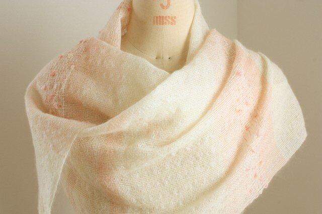 手織り 白地のストール   ピンク#2の画像1枚目