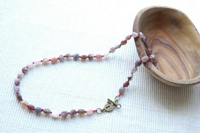 しま瑪瑙のネックレス(赤)の画像1枚目