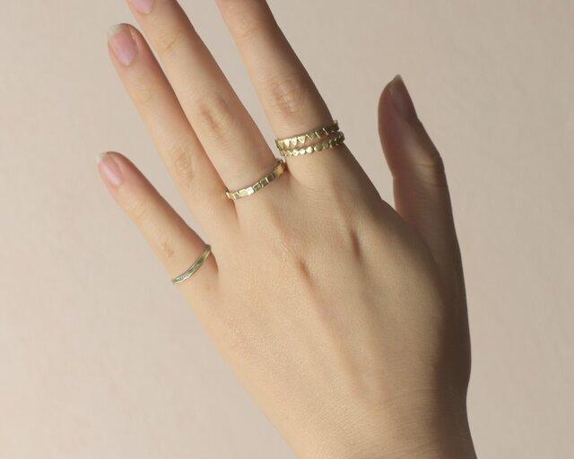 《4個セット》真鍮の小粒幾何学モチーフリング〈丸・三角・四角・平打ち・記号・図形・槌目〉Brass,ゴールドの画像1枚目