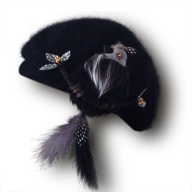 尻尾はピアスに!もふもふ鳥ベレー/ブラックの画像1枚目