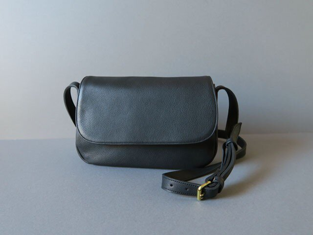 plain shoulder bag ( black )の画像1枚目