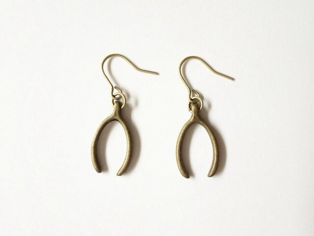 Wishbone earringsの画像1枚目