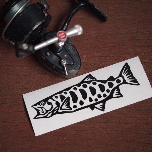 切り絵ステッカー ヤマメ(黒)の画像1枚目