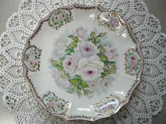 白薔薇の大皿の画像1枚目