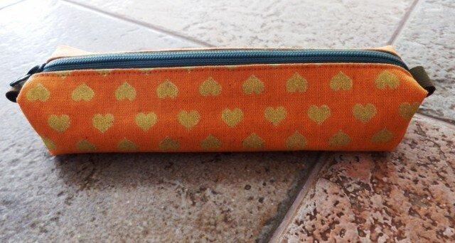 秋色オレンジのペンケースの画像1枚目