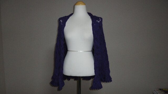 紫色 半円形ショールの画像1枚目