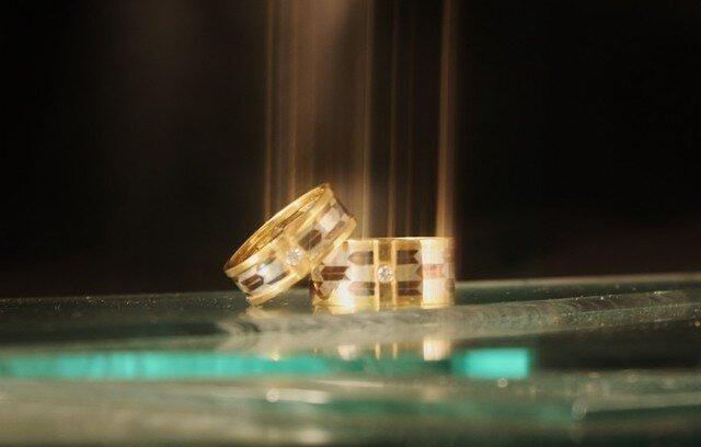 矢羽根の結婚指輪 セットの画像1枚目