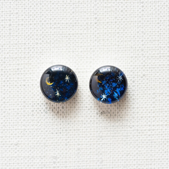 まるい耳飾りT01/三日月と星の画像1枚目