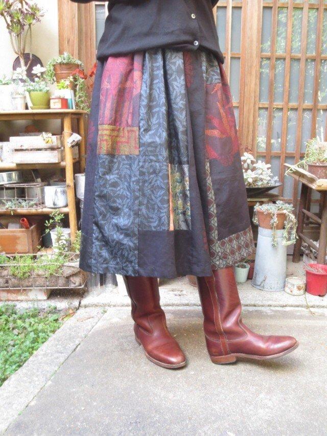 着物リメイク☆凝った織りの紬集めて大人のスカート78㎝丈の画像1枚目