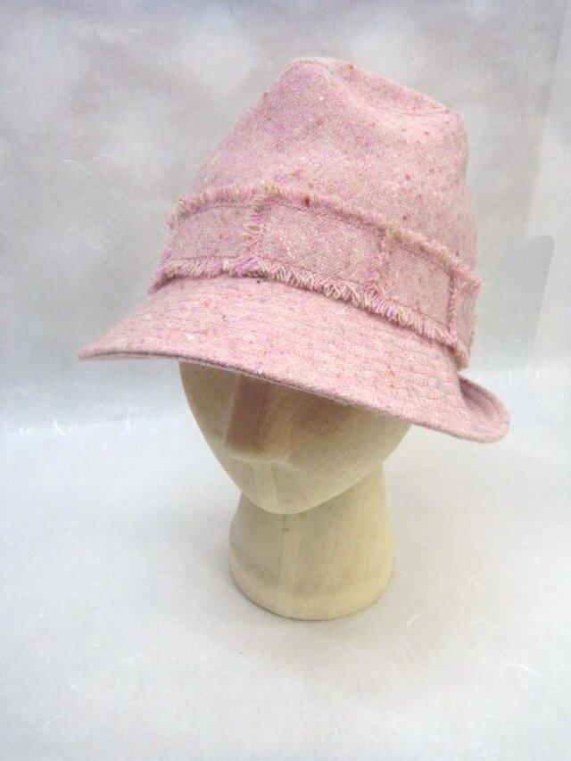 ピンクのウールで中折れ風の画像1枚目