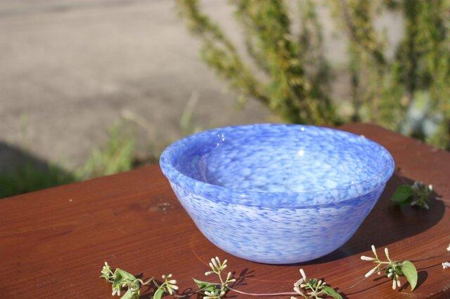 白いフリットのボール(青ベース)の画像1枚目