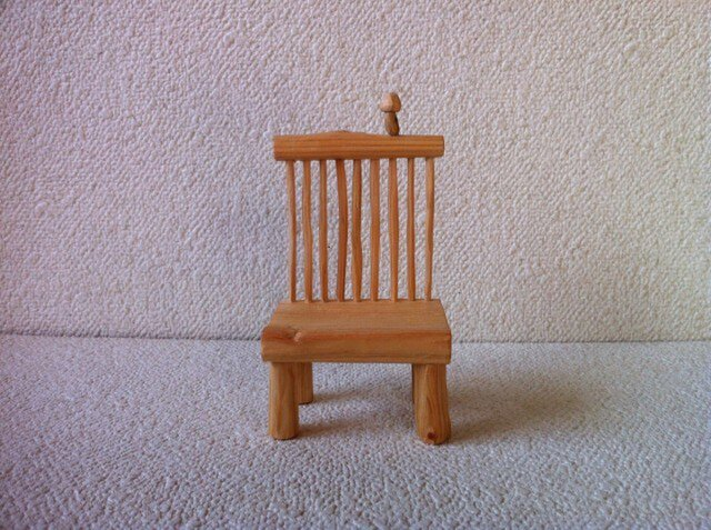 ハープ椅子の画像1枚目