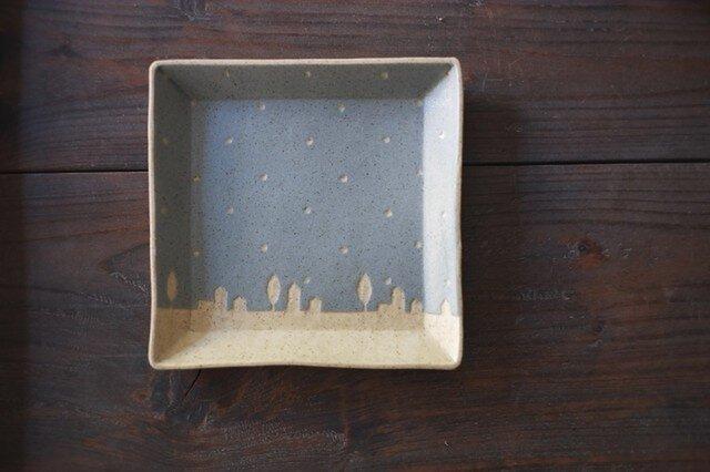 ドットと街の四角皿(空色)の画像1枚目