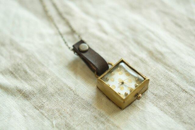 首からさげる時計 dot white sn N006の画像1枚目
