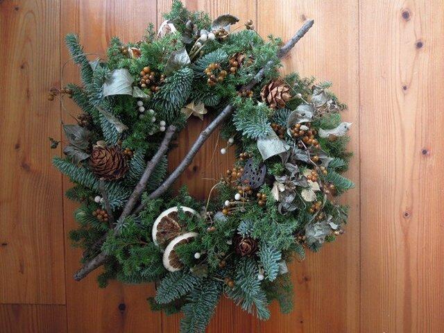 森のクリスマスリースの画像1枚目