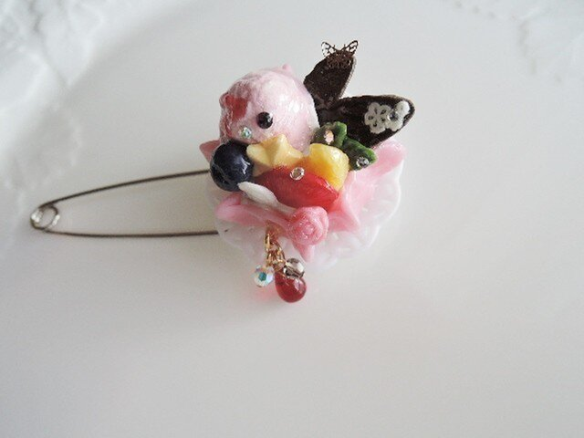 ☆アウトレット品:乙女なワッフルケーキ☆ブローチ(496)の画像1枚目