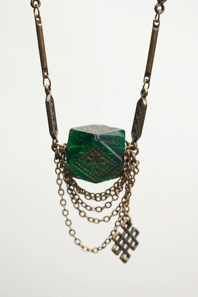 Ancient green glass chockerの画像1枚目