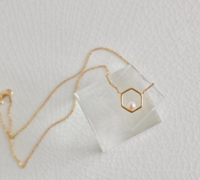 アコヤパールの六角形ネックレスの画像1枚目