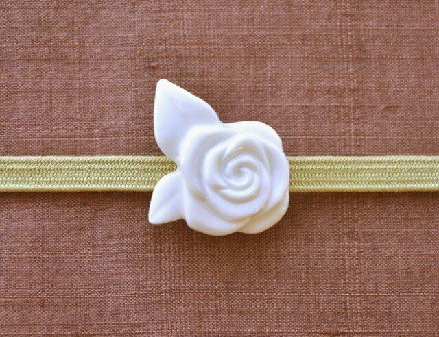 白磁の帯留・白バラの画像1枚目