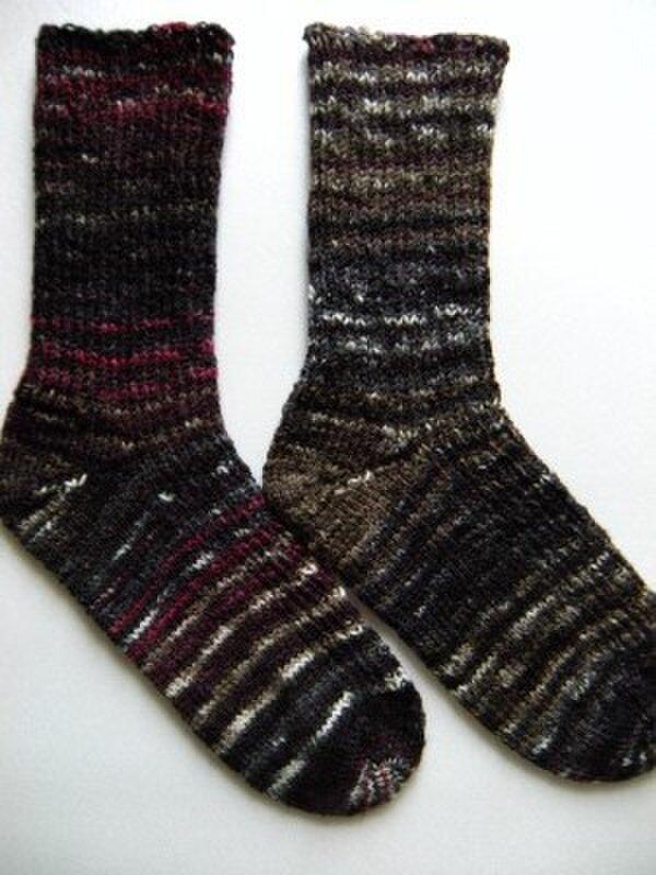 手編み靴下【クレイジー・ザウバー・ボール2132】の画像1枚目
