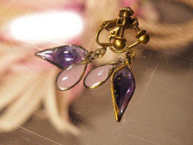 手作りガラスのイヤリング(アメジスト・ローズクォーツ))の画像1枚目