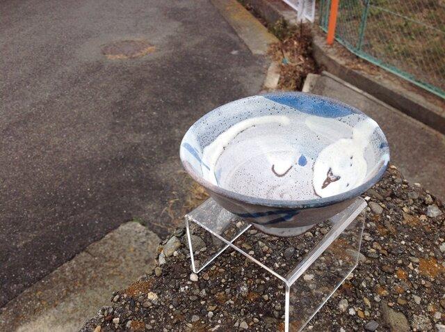 藁灰釉の茶碗の画像1枚目