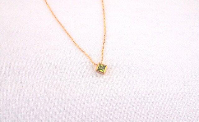 basic square necklace/peridotの画像1枚目