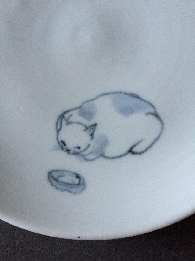 染付5寸猫皿 30の画像1枚目