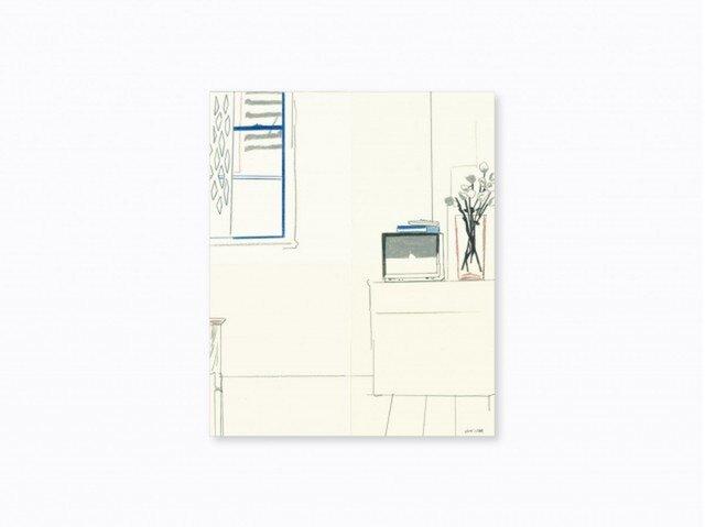 「テレビと花瓶のある居間」の画像1枚目