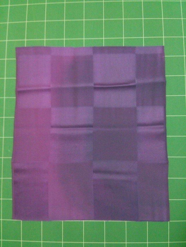 紫ぼかし染め 正絹はぎれ布② 40㎝×36㎝の画像1枚目