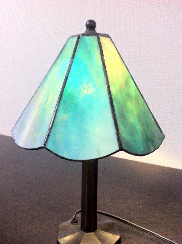 ステンドグラス ランプの画像1枚目