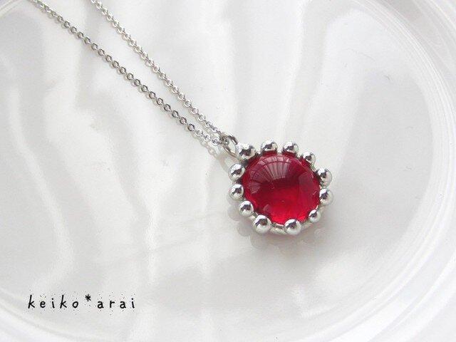 【sold】ステンドグラスのネックレス-赤のデイジーの画像1枚目