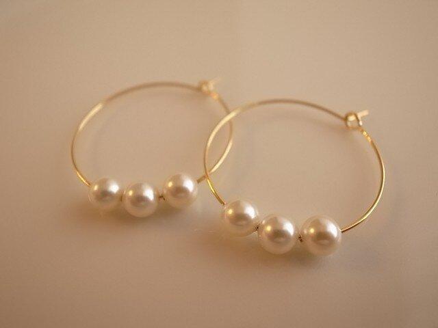 *再販* pearl hoop earringsの画像1枚目