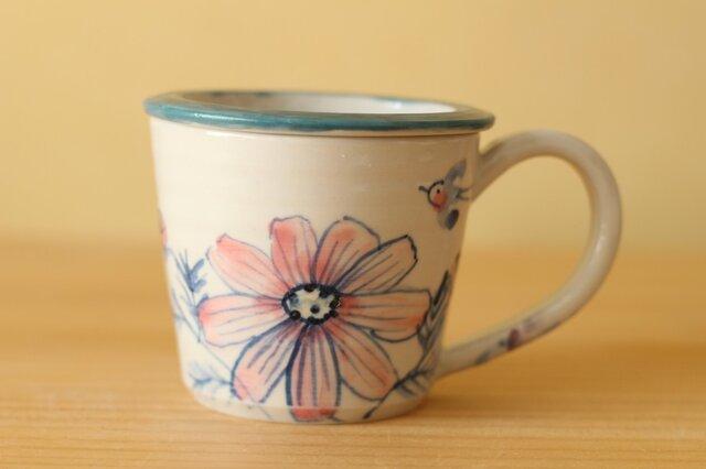 蓋つき草花のカップ。の画像1枚目