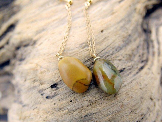 Peas 自然石のチェーンピアス <p56-per>の画像1枚目