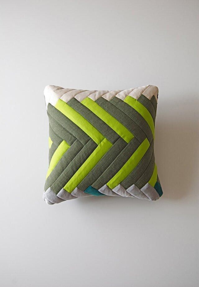 cushion / herringbone (green)の画像1枚目