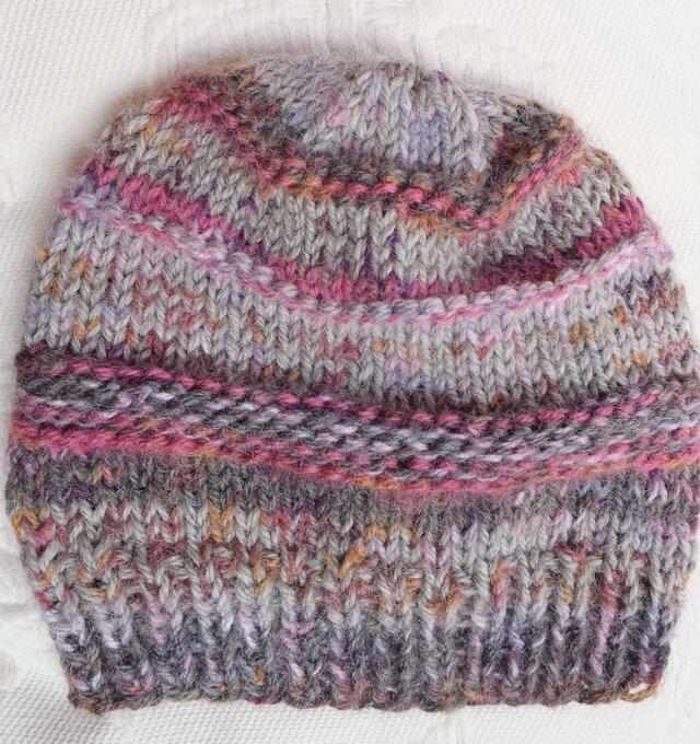 手編みのニット帽の画像1枚目