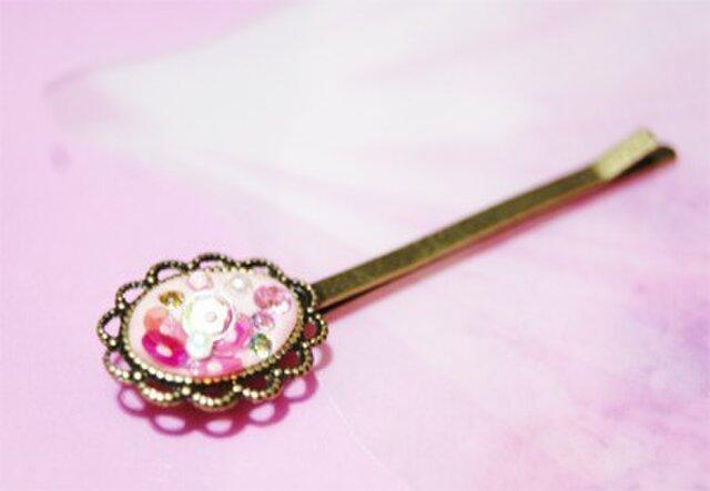 ビーズとお花のヘアピン(ピンク)の画像1枚目