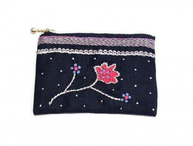 銀花刺繍のカードポーチ(クロ)の画像1枚目