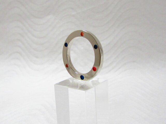 銀と樹脂のリング Bの画像1枚目