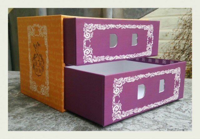 エンブレム  2段引き出しbox(在庫限り特別価格)の画像1枚目
